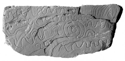 Front elevation view of decorated kerbstone 78, Knowth